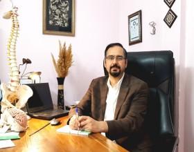 دکتر نورالله اشراقی